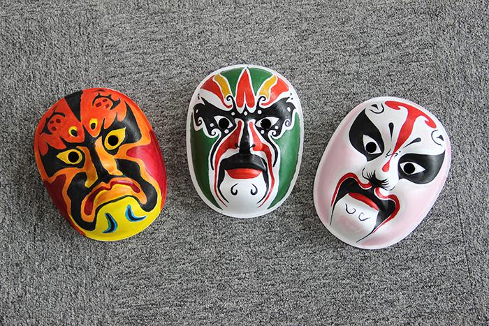 冠亚季军脸谱作品(分别是中左右)